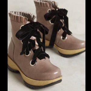 Anthropologie Antelope Ember Boots